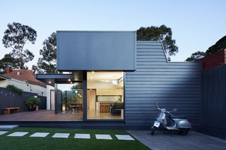 This Week's 10 Best Houses - Photo 5 of 10 - Via Nic Owen Architects, photo by Christine Francis