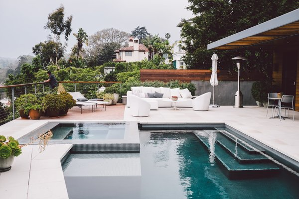 The Home Tours of Dwell on Design 2016 - Photo 4 of 8 - Interior designer Denise Kuriger used custom furniture to create a luxurious outdoor living space for this prefab Santa Monica home.