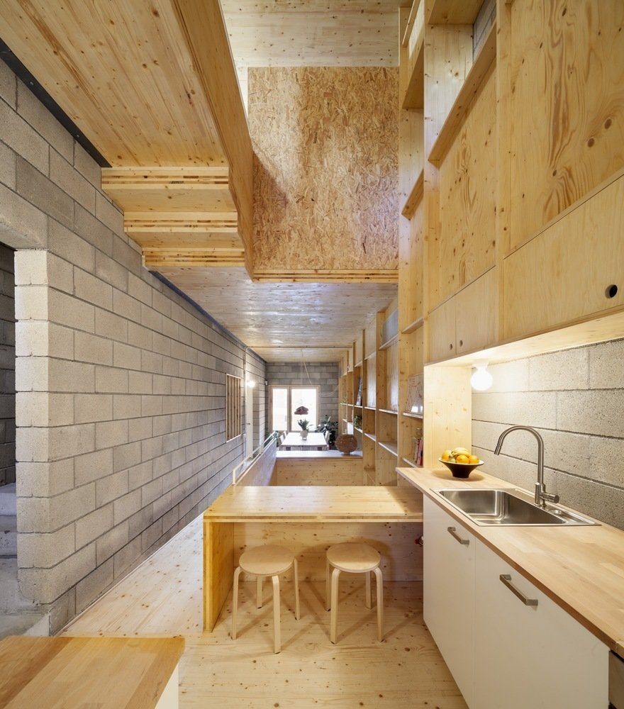 Via ArchDaily, photo by Adrià Goula