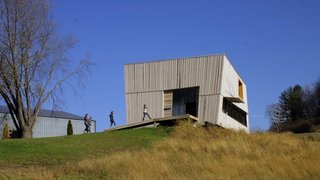 22 Modern Prefab Companies That Every Homebuyer Can Rely On - Photo 5 of 22 - Project Name: Blair Barnhouse