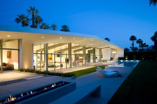 22 Modern Prefab Companies That Every Homebuyer Can Rely On - Photo 16 of 22 - Project Name: Desert Canopy House