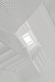 How to Bring Light Into Dark Spaces - Photo 3 of 10 - White House by Arch Studio