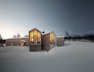 Project Name: Split View Mountain Lodge