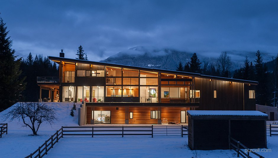 Project Name: Unknown  Photo 12 of 21 in 20 Modern Prefab Companies Perfect for Mountain Living