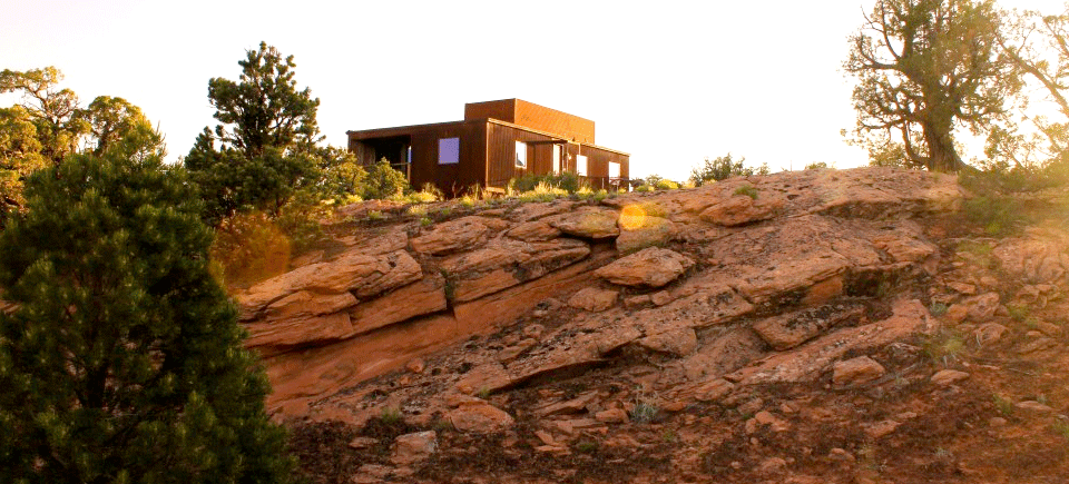 Project Name: Moab, Utah Tagged: Exterior and Prefab Building Type.  Photo 14 of 21 in 20 Modern Prefab Companies Perfect for Mountain Living