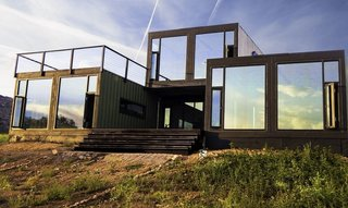 16 Prefab Shipping Container Home Companies in the United States - Photo 11 of 16 - Project Name: Cañon City