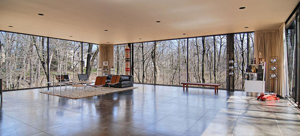 The house designed by A. James Speyer and David Haid was used as a set in Ferris Bueller's Day Off.
