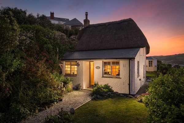 Be seduced by Siren, a Siren is a bohemian cottage in the coastal village of Coverack on the Lizard Peninsula.