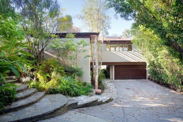 Photo  of Warwick Evans House modern home