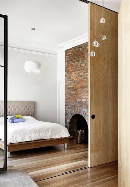 Courtesy of Austin Maynard Architects Photo 8 of Cut Cut Paw Paw modern home