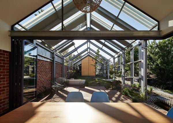Courtesy of Austin Maynard Architects Photo 12 of Cut Cut Paw Paw modern home