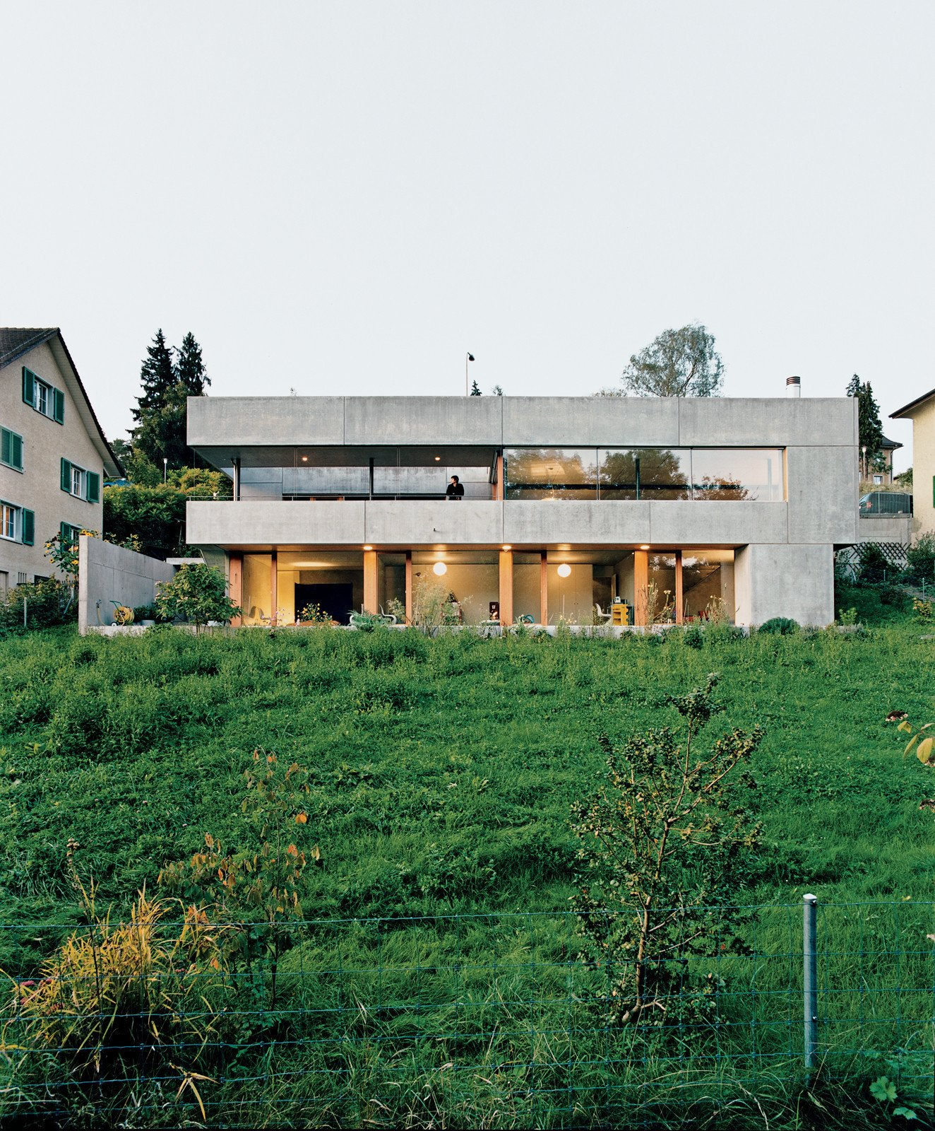 Photo 1 of 11 in Material Spotlight: 10 Killer Concrete Homes