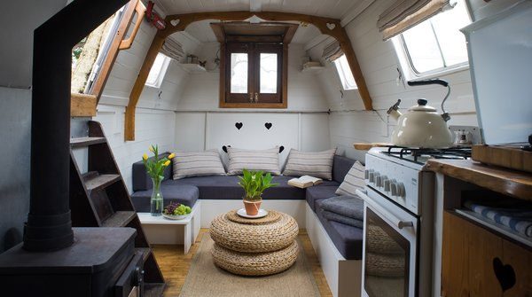 Make Yourself at Home in One of These Small Spaces on Boats That You Can Rent - Photo 9 of 10 - Spend the night on this steampunk-meets-cottage canal boat, and rise to the sounds of birdsong on London's River Thames.