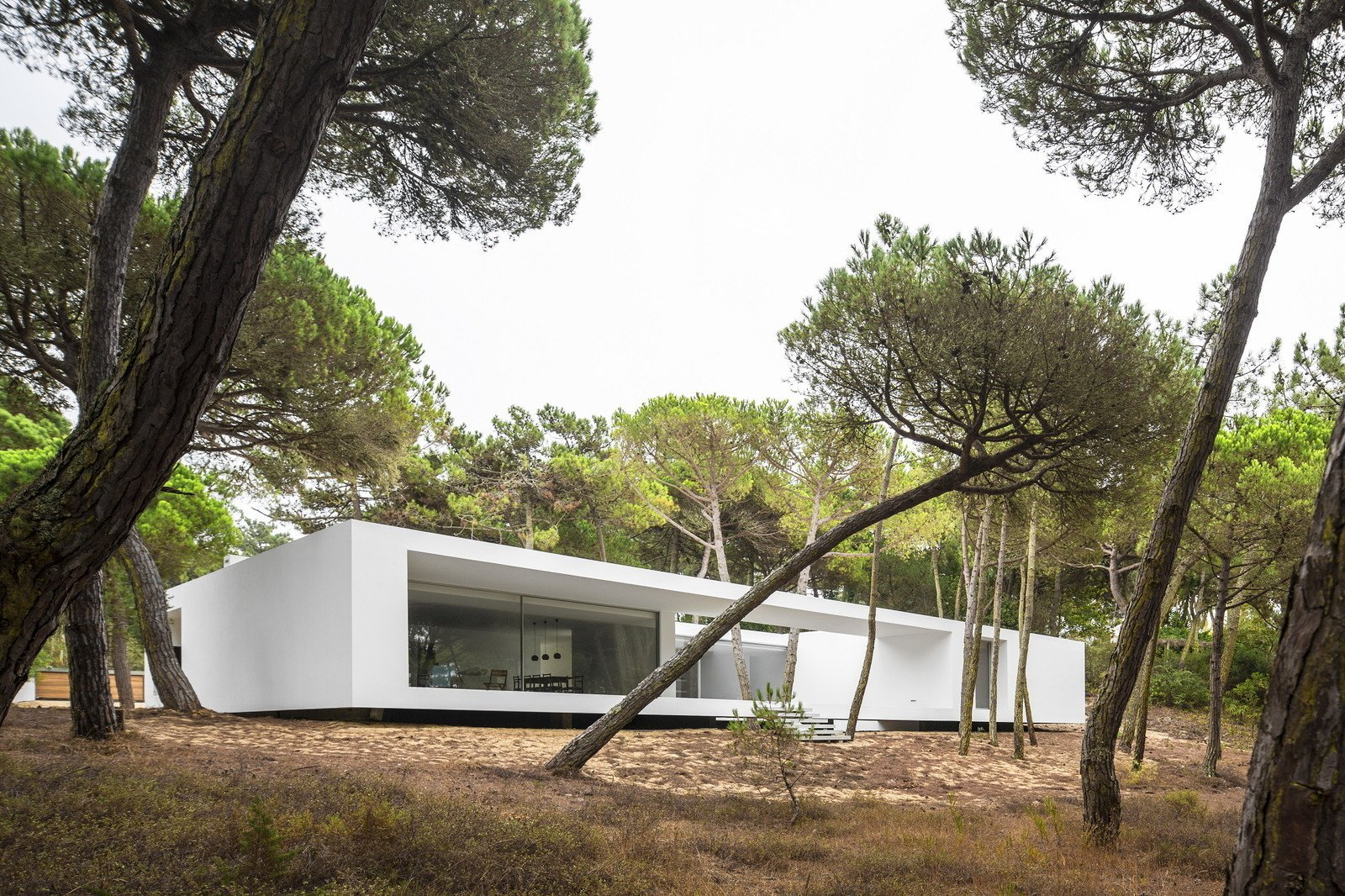 Photo 8 of 11 in 10 Bright White Cubist Homes Across the Globe