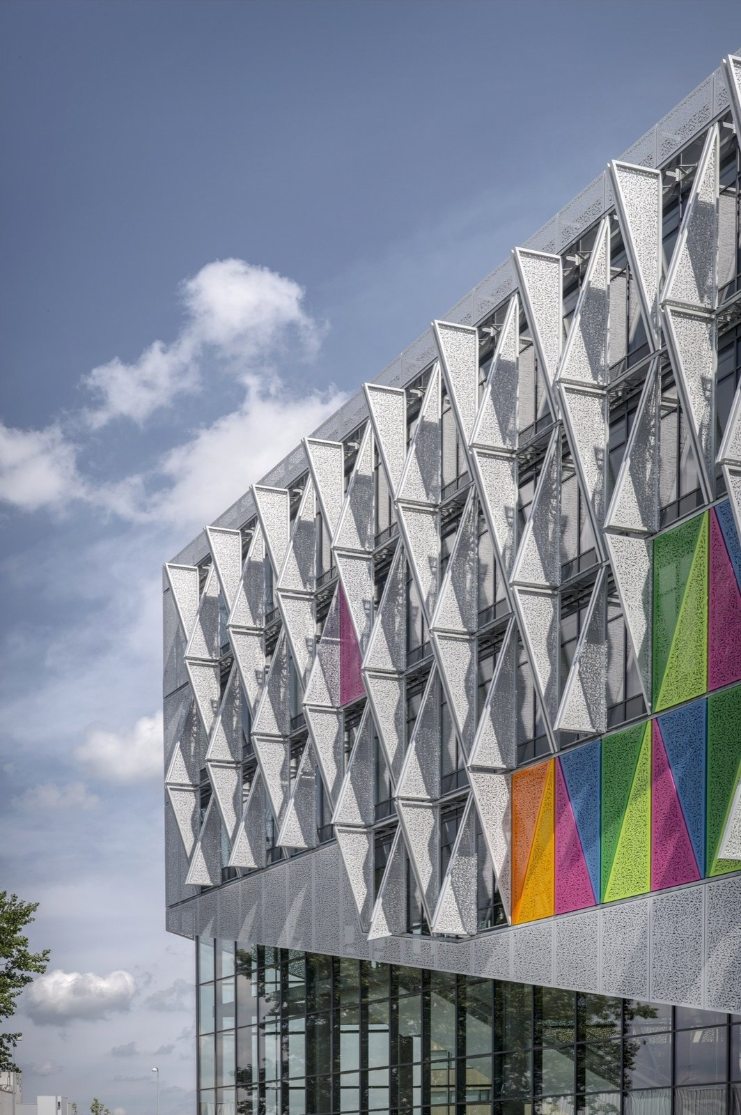 Tagged: Exterior.  Photo 1 of 24 in Shape-Shifting Architecture: 10 Buildings That Move or Change Form