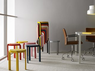 Perfect for small space entertaining, these lightweight Spin Stools can be stacked up and stored in a rainbow spiral.