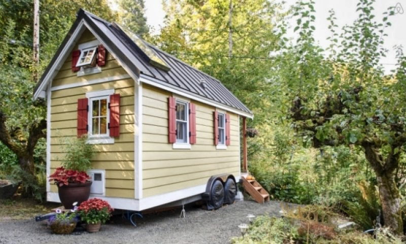 Photo 6 of 7 in 6 Tiny House Resources That Will Help You Downsize Your Life
