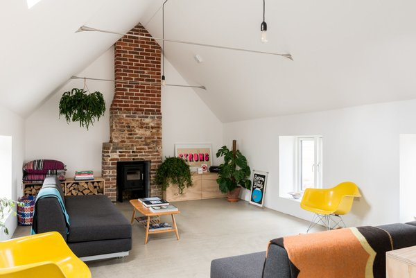 Modern home with living room. Photo 7 of Salthouse