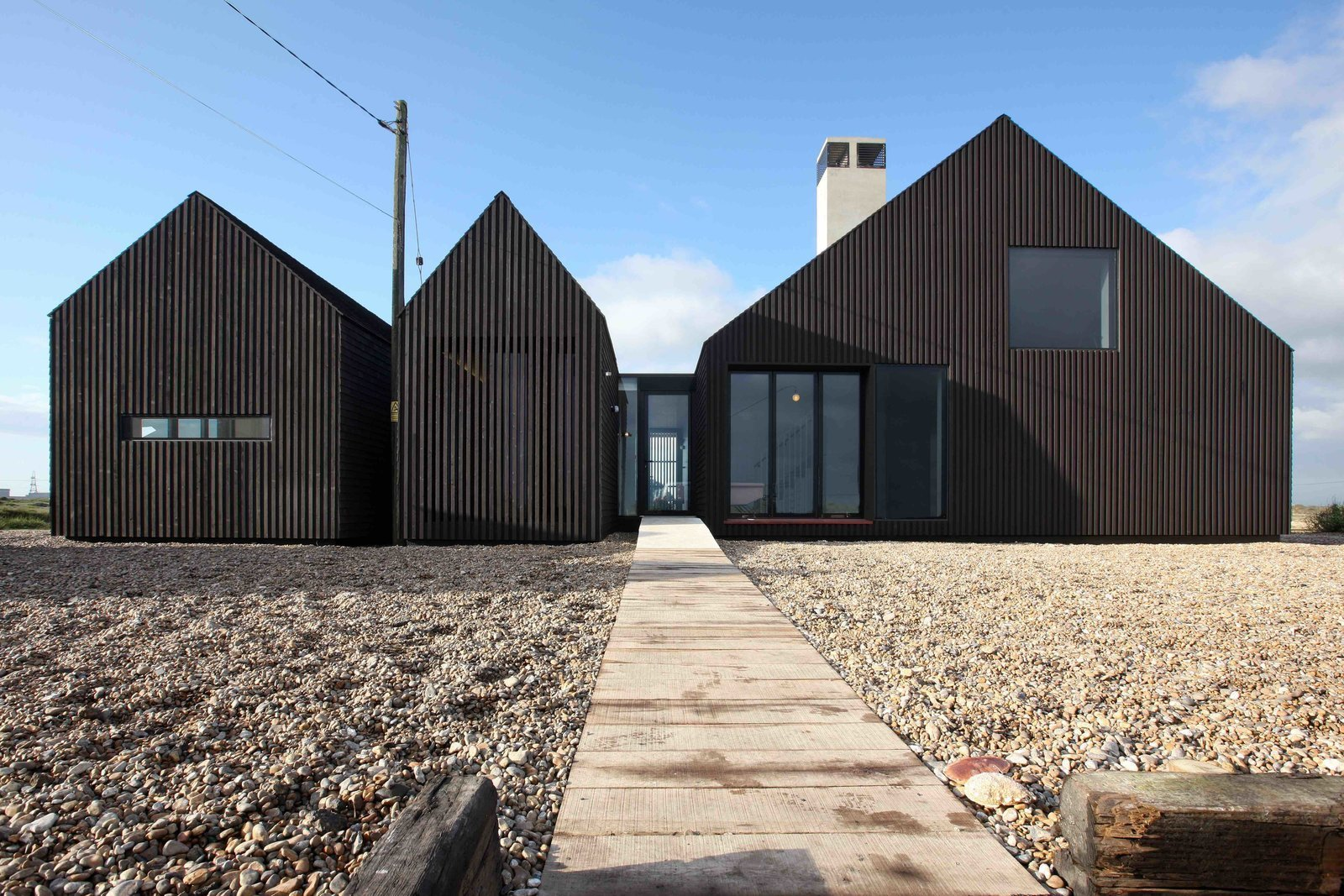 Photo 10 of 13 in 6 British Vacation Homes You Can Stay in That Were Designed by Renowned Architects