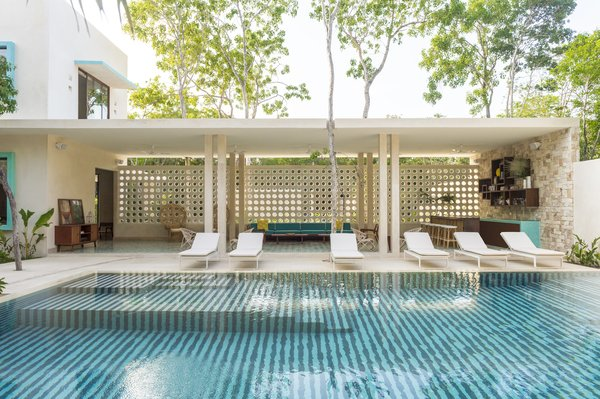 A New Modern Hotel Brings Midcentury Miami to Tulum, Mexico