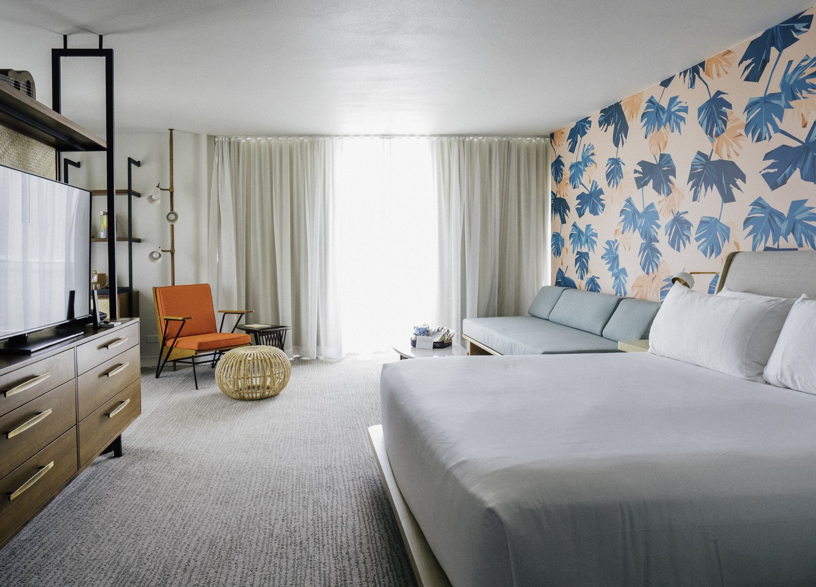 Waikiki's Midcentury Revival Continues to Flourish With a New Jet Set-Inspired Hotel - Photo 1 of 18