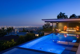 'Friends' Star Matthew Perry's Midcentury Stunner in the Hollywood Hills Is For Sale - Photo 10 of 10 -