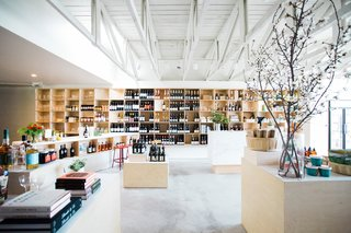 A Modern Liquor Market in Culver City Reminds the Neighborhood to Drink Well - Photo 2 of 8 -
