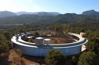 Stay in a Solar-Powered, Ring-Shaped Vacation Home in the Spanish Countryside
