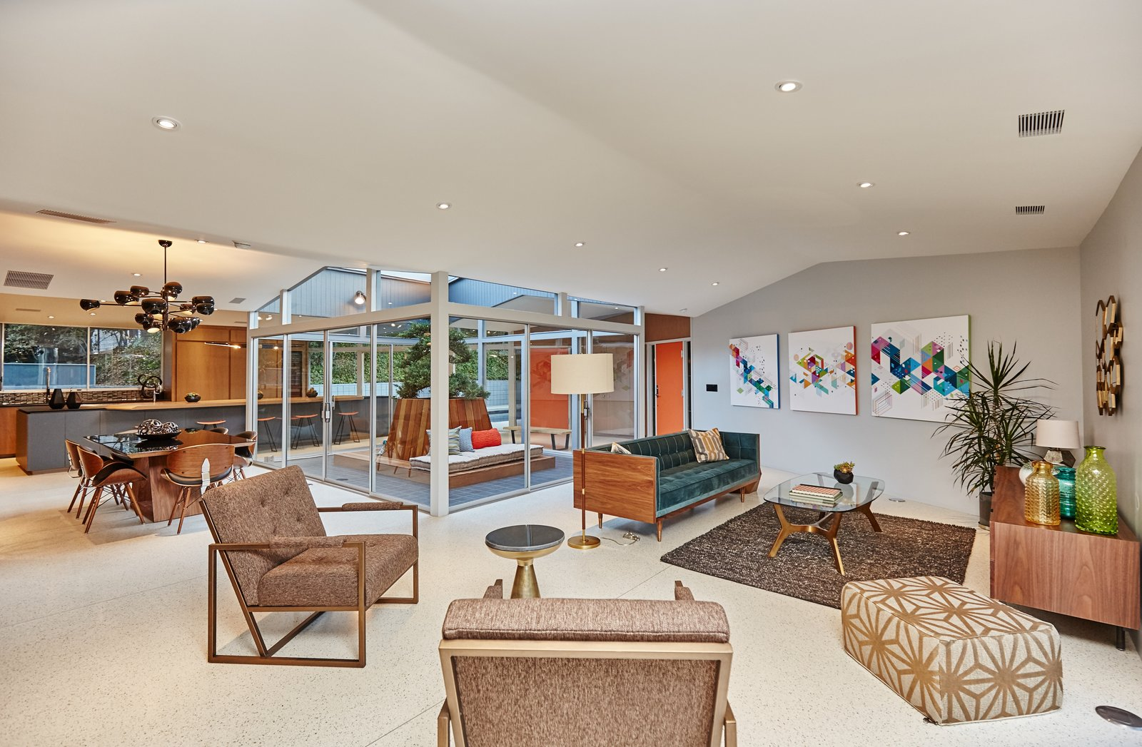 Photo 1 of 10 in A Hexagonal Midcentury Residence in Southern California Offered at $2.89M