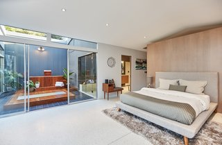 A Hexagonal Midcentury Residence in Southern California Offered at $3.3M - Photo 6 of 9 -