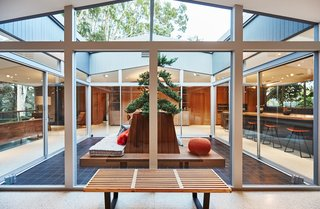 A Hexagonal Midcentury Residence in Southern California Offered at $2.89M - Photo 3 of 9 -