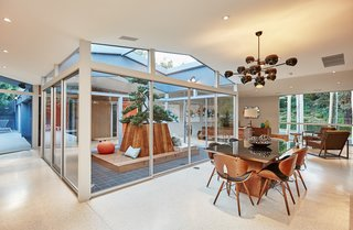 A Hexagonal Midcentury Residence in Southern California Offered at $3.3M - Photo 4 of 9 -