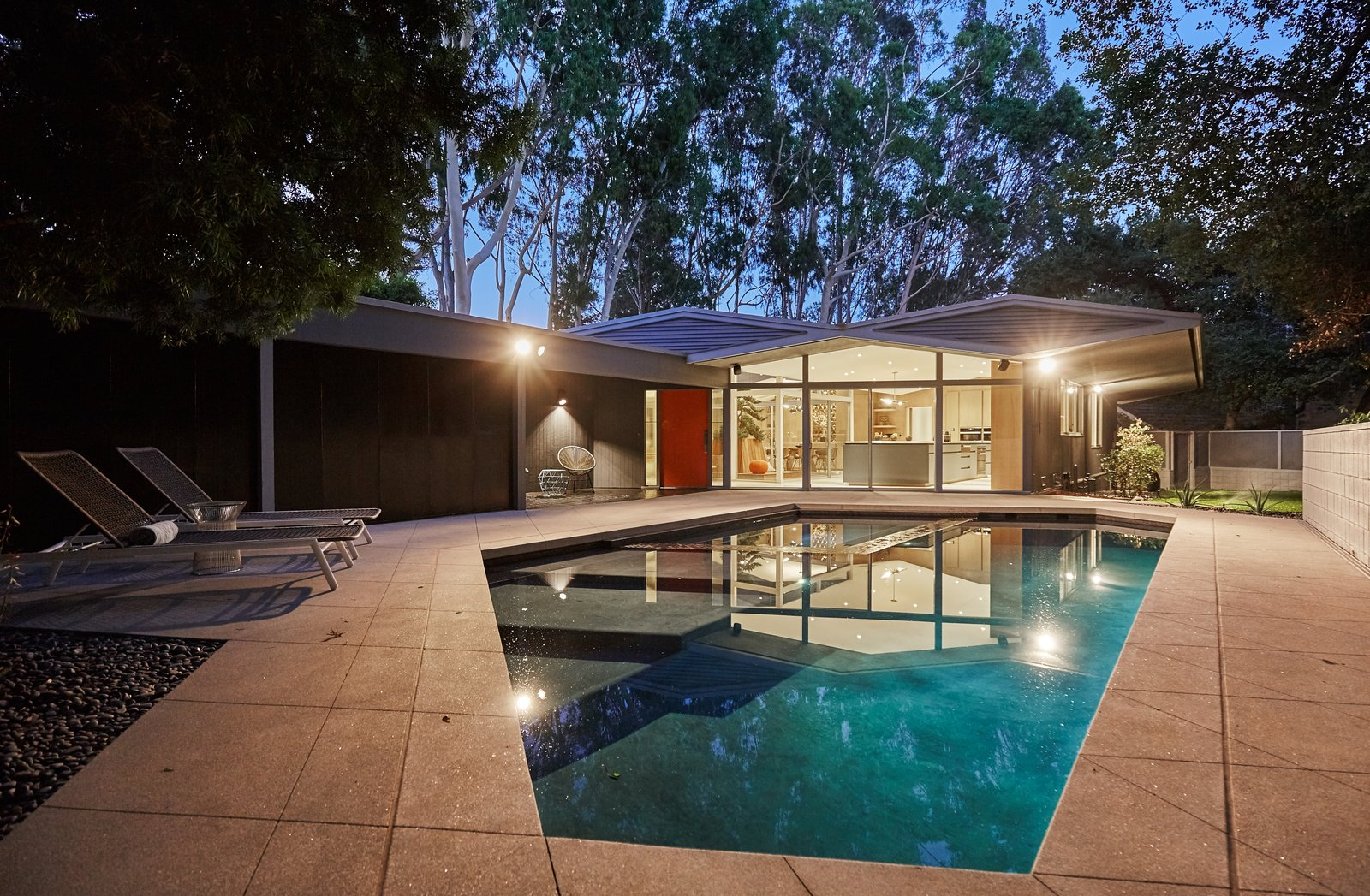 Tagged: Outdoor, Swimming Pool, and Back Yard. A Hexagonal Midcentury Residence in Southern California Offered at $3.3M - Photo 10 of 10