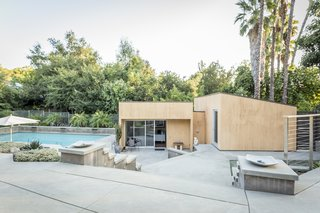 Snatch Up Case Study House #10 in Pasadena For $3M - Photo 11 of 12 -