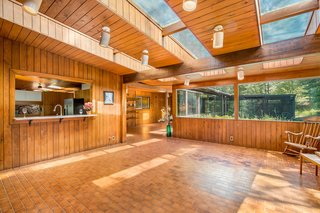 A Waterfront Washington Home Designed by a Renowned Spokane Architect Is Listed For $675K - Photo 6 of 10 -