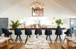 Overlooking the Long Island Sound, a Revamped Hotel Channels its Nautical Roots - Photo 9 of 10 -