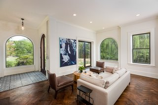 Modern Interiors Shine Behind the 19th-Century Facade of This Nashville Home, Now Asking $2.1M - Photo 3 of 13 -
