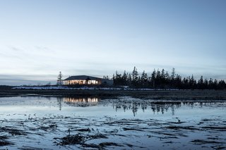 A Vacation Home in Nova Scotia Takes Cues From the Coastal Landscape - Photo 10 of 10 -