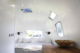 Airstream Dream Team: These Women Travel the Country, Turning Retro RVs Into Homes - Photo 10 of 14 -