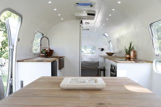 Airstream Dream Team: These Women Travel the Country, Turning Retro RVs Into Homes - Photo 7 of 14 -