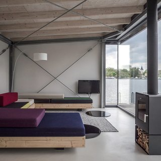 Stay in a Modern Houseboat in Berlin With Floor-to-Ceiling Windows - Photo 1 of 8 -