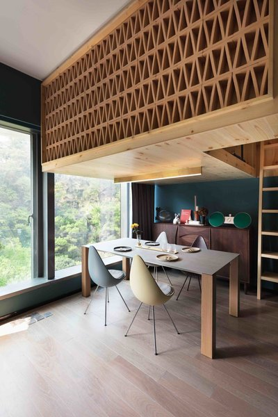 A Tiny Hong Kong Apartment With a Tree House-Inspired Loft - Photo 5 of 8 -