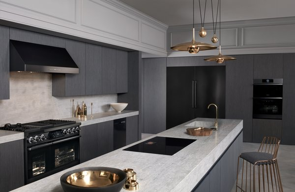 Dacor's truefit integration combined the modern look of graphite stainless steel is designed to seamlessly blend in with a wider range of cabinetry.