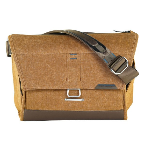 Peak Design Messenger Bag