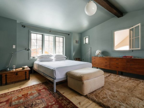 7 Best Houses You Can Rent in the Catskills This Holiday Season - Photo 5 of 20 -