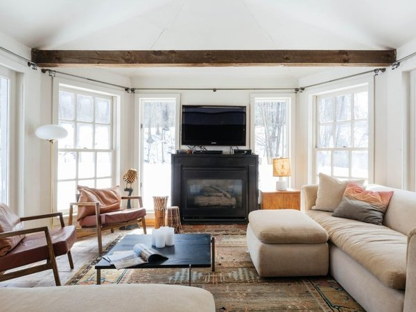 7 Best Houses You Can Rent in the Catskills This Holiday Season - Photo 4 of 20 -