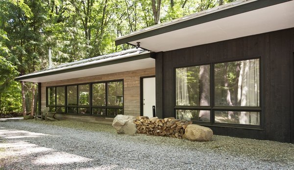 7 Best Houses You Can Rent in the Catskills This Holiday Season - Photo 6 of 20 -