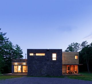 7 Best Houses You Can Rent in the Catskills This Holiday Season - Photo 18 of 20 -