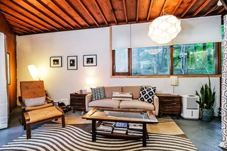 Live Out Frank Lloyd Wright's Usonian Vision in This Home That's Asking $725K - Photo 4 of 10 -
