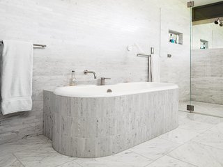9 of Our Favorite Ways to Use Marble in the Bathroom